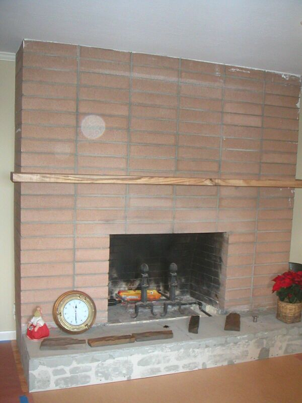 Fireplace - Brick Fireplace Wall