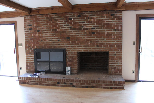 Do it yourself fireplace remodels fireplace before remodel solutioingenieria Image collections
